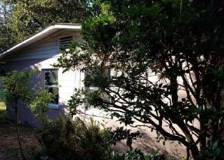 Foreclosed Home en NW 10TH ST, Gainesville, FL - 32601