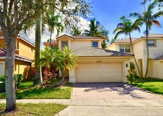 Foreclosed Home in SW 26TH ST, Hollywood, FL - 33027