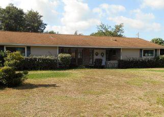 Foreclosed Home en EDITH ST NE, Palm Bay, FL - 32907
