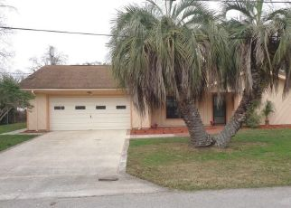 Foreclosed Home en SE 5TH AVE, Crystal River, FL - 34429