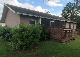 Foreclosed Home in VINE LN, Naples, FL - 34112