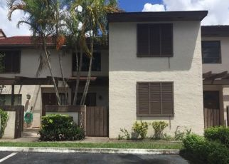 Foreclosed Home en SW 88TH TER, Miami, FL - 33186