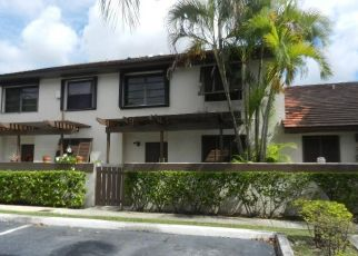 Foreclosed Home in SW 90TH TER, Miami, FL - 33186