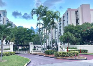 Foreclosed Home en N BAY RD, North Miami Beach, FL - 33160