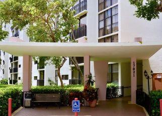 Casa en ejecución hipotecaria in North Miami Beach, FL, 33160,  N BAY RD ID: F4311409