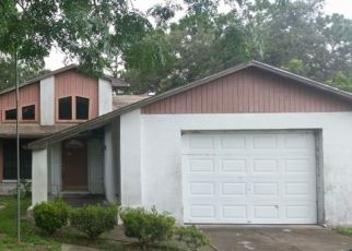Foreclosed Home en PHILATELIC DR, Spring Hill, FL - 34606