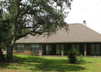 Foreclosed Home in YORKWOOD ST, Navarre, FL - 32566