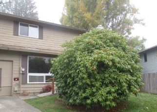 Foreclosed Home en S 275TH PL, Seattle, WA - 98198