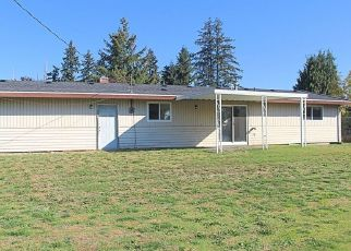 Foreclosed Home en 136TH ST E, Tacoma, WA - 98445