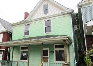Foreclosed Home en 4TH ST, Donora, PA - 15033