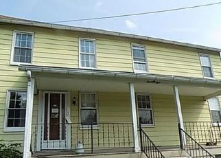 Foreclosed Home en FULTON ST, Washington, PA - 15301