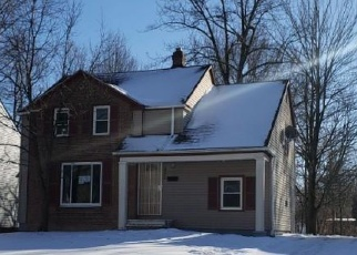 Foreclosed Home en SHAKERWOOD RD, Beachwood, OH - 44122