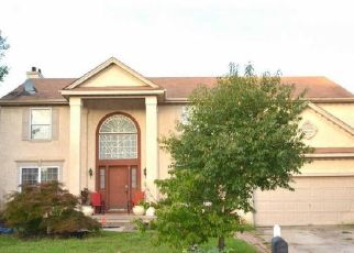 Foreclosed Home in E MEADOWBROOK CIR, Sicklerville, NJ - 08081