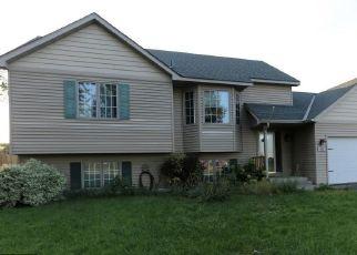 Casa en ejecución hipotecaria in Farmington, MN, 55024,  11TH ST ID: F4311757