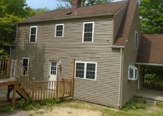 Foreclosed Home en NEWFIELD RD, Winsted, CT - 06098