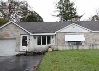 Foreclosed Home in LYDALE PL, Meriden, CT - 06450