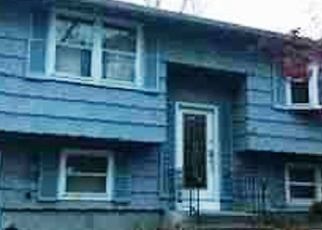 Foreclosed Home in CULLEN AVE, West Haven, CT - 06516