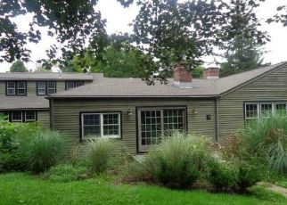 Foreclosed Home en KRISTY DR, Bethel, CT - 06801