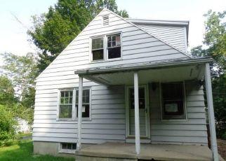 Casa en ejecución hipotecaria in Middlebury, CT, 06762,  CHRISTIAN RD ID: F4311893