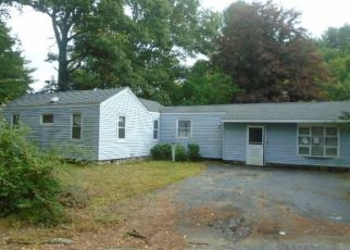 Foreclosed Home en GUNGY RD, Salem, CT - 06420