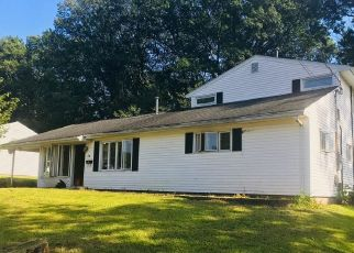 Foreclosed Home in MALLARD DR, East Hartford, CT - 06118