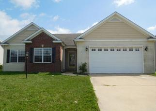 Foreclosed Home in PEBBLEBROOK LN, Champaign, IL - 61822