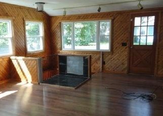 Foreclosed Home in BEECHWOOD ST, Coventry, RI - 02816