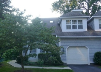 Foreclosed Home in POND VIEW LN, Ossining, NY - 10562