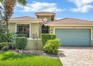 Foreclosed Home en ADRIANO DR, Boynton Beach, FL - 33437