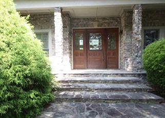 Foreclosed Home en FOGGY CUT LN, Landrum, SC - 29356