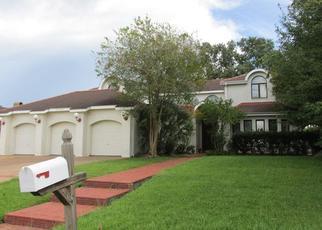 Foreclosed Home in CYPRESS LAWN DR, Marrero, LA - 70072