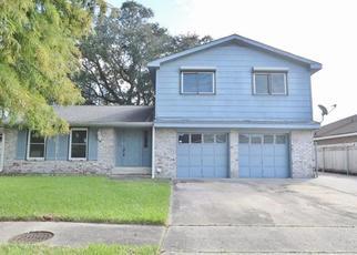 Foreclosed Home in ROMIG DR, Marrero, LA - 70072