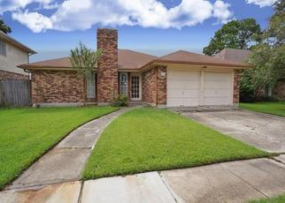 Foreclosed Home in BEAUJOLAIS DR, Kenner, LA - 70065