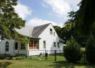 Foreclosed Home en DREXEL RD, Lansing, MI - 48915