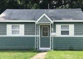 Foreclosed Homes in Hampton, VA, 23663, ID: F4312458