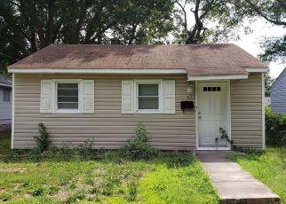 Casa en ejecución hipotecaria in Hampton, VA, 23663,  MARION RD ID: F4312459