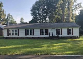 Foreclosed Home in S CARTERSVILLE HWY, Timmonsville, SC - 29161
