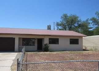 Foreclosed Home en EDGECLIFF DR, Farmington, NM - 87402