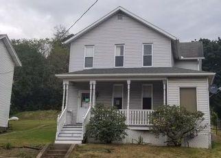 Casa en ejecución hipotecaria in Armstrong Condado, PA ID: F4312591