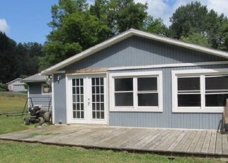 Foreclosed Home en EDGEWOOD DR, Cooperstown, PA - 16317