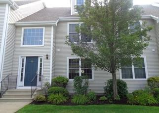 Foreclosed Home en FREEDOM WAY, Niantic, CT - 06357
