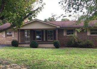 Foreclosed Home in HYDER ST, Elizabethton, TN - 37643