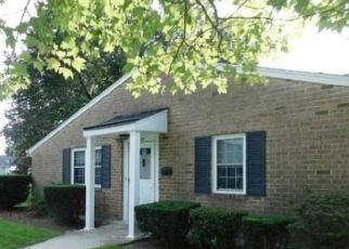Foreclosed Home en HARBOR S, Amityville, NY - 11701