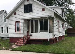 Casa en ejecución hipotecaria in Michigan City, IN, 46360,  HAYES AVE ID: F4312837