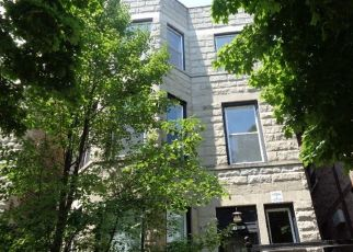 Foreclosed Home en S SAINT LAWRENCE AVE, Chicago, IL - 60615