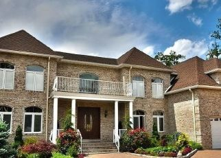 Foreclosed Home in CLAIRE CT, Wayne, NJ - 07470