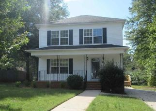 Foreclosed Home en MILL PARK CT, Greenville, SC - 29611