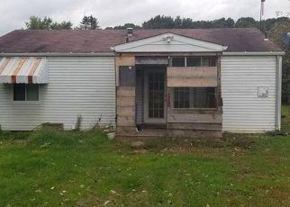 Casa en ejecución hipotecaria in Ford City, PA, 16226,  WOAK HANNE VILLAGE DR ID: F4313016