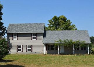 Foreclosed Home in PEACH ORCHARD RD, Murray, KY - 42071