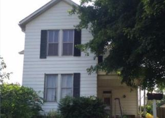 Foreclosed Home en N CHESTNUT ST, Jackson, OH - 45640